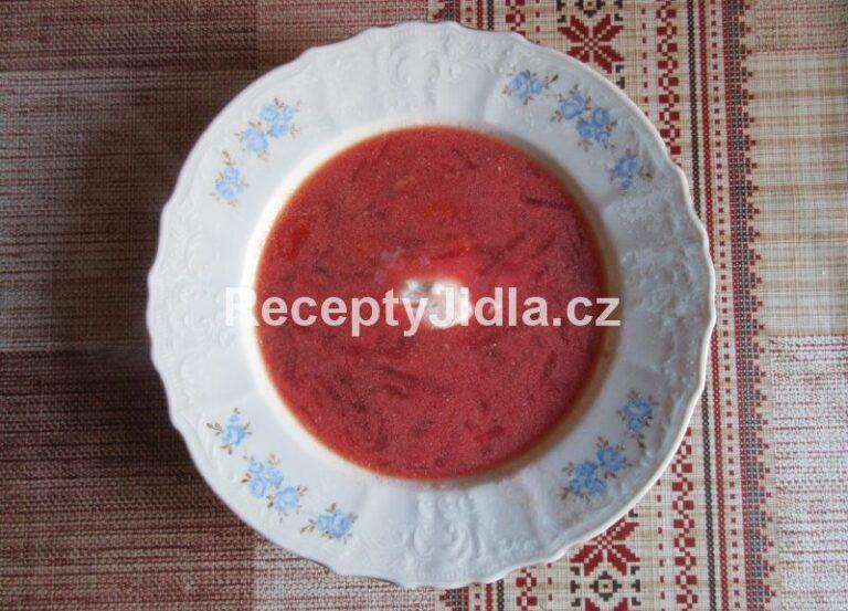 Boršč polévka