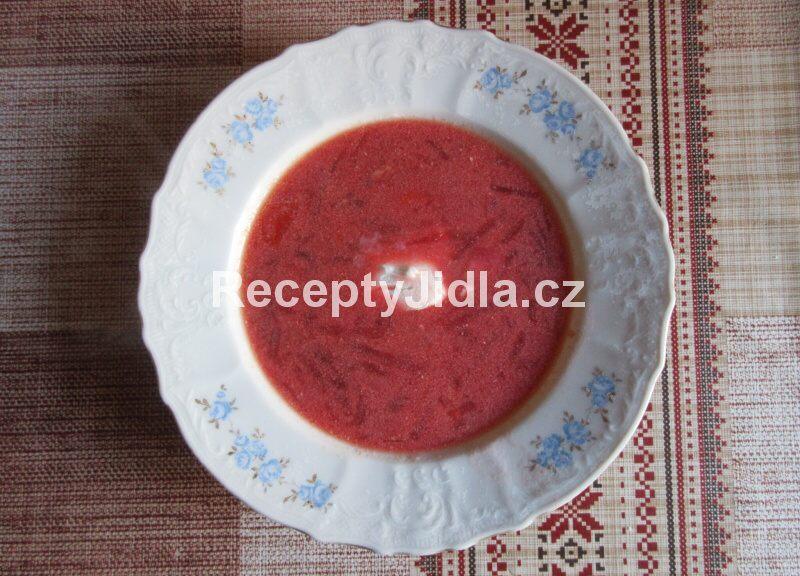 Ukrajinský boršč od babičky