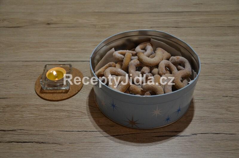 Mandlové rohlíčky ze špaldové mouky