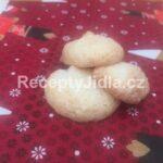 Kokosové pusinky z bílků 2