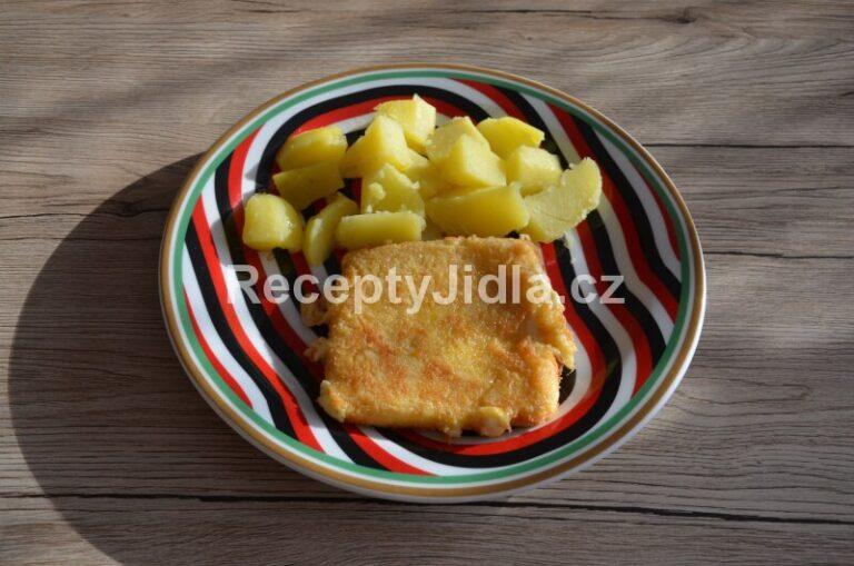 Smažený sýr s bramborem