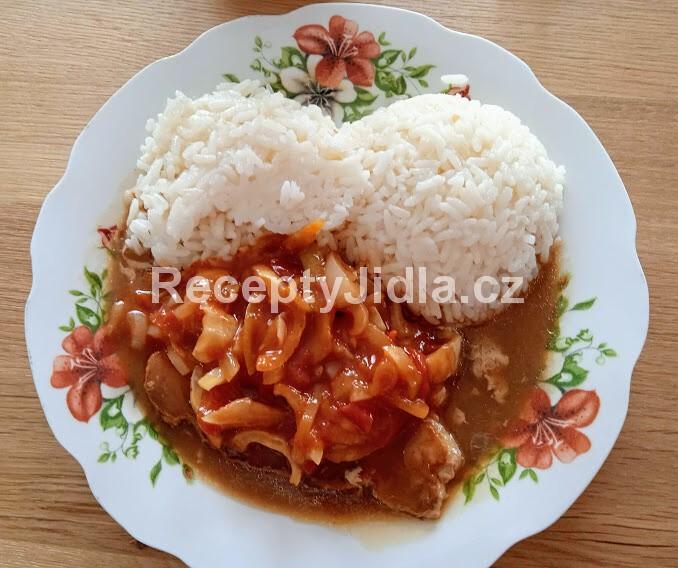 Vepřová kotleta po cikánsku s rýží