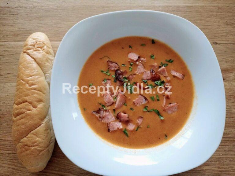 Luxusní frankfurtská polévka s párkem